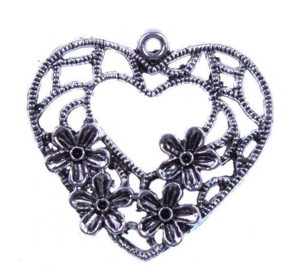 Herzanhänger mit Blume